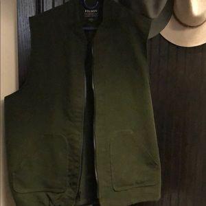 Filson cotton vest. Dark olive. XL.